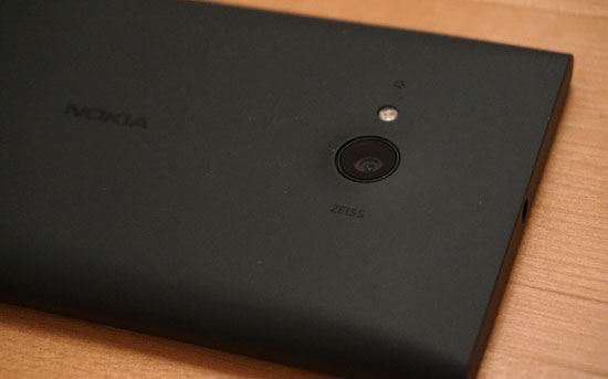 lumia730_01.jpg